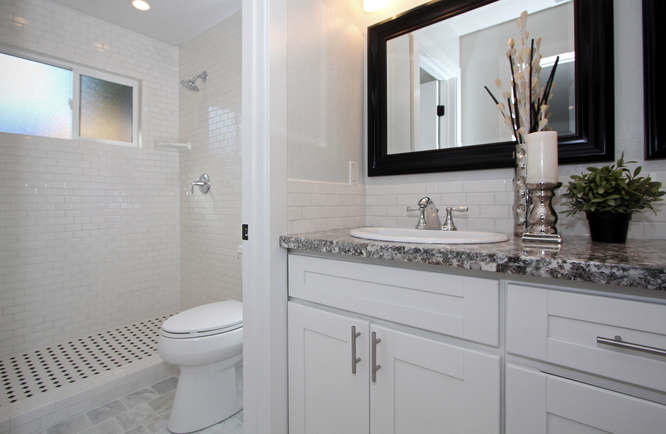 790-quiet-view-ct-walnut-creek-small-016-master-bath-2-666×435-72dpi