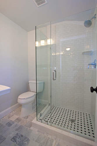 790-quiet-view-ct-walnut-creek-small-020-suite-bath-334×500-72dpi