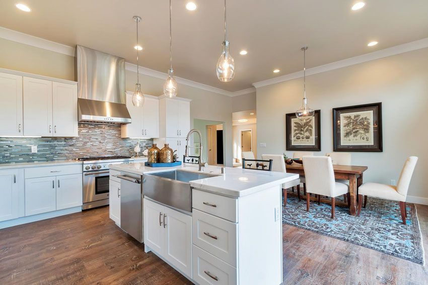 1106 Upper Happy Valley Rd-large-011-Kitchen-1500×1000-72dpi