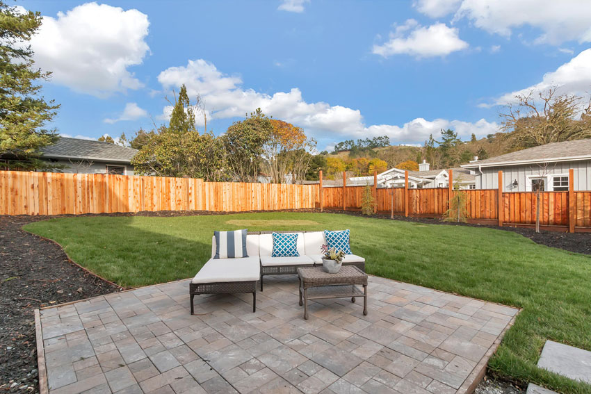 1106 Upper Happy Valley Rd-large-036-Patio-1500×1000-72dpi