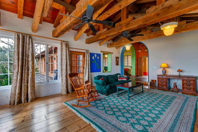843 Las Trampas Rd Lafayette-small-022-Living Room-666×444-72dpi