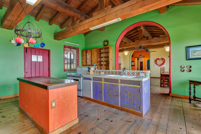 843 Las Trampas Rd Lafayette-small-033-Kitchen-666×445-72dpi