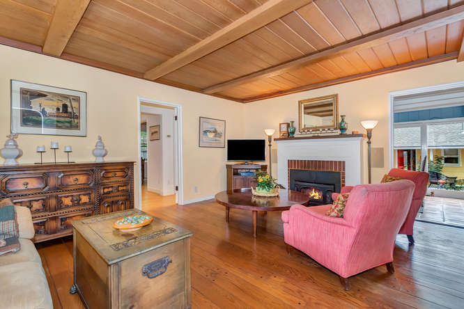 1036 Sunnybrook Dr Lafayette-small-004-Living Room-666×445-72dpi