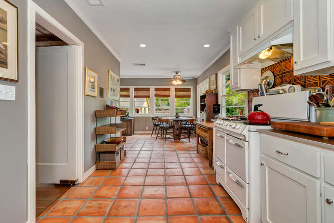 1036 Sunnybrook Dr Lafayette-small-012-Kitchen-666×444-72dpi