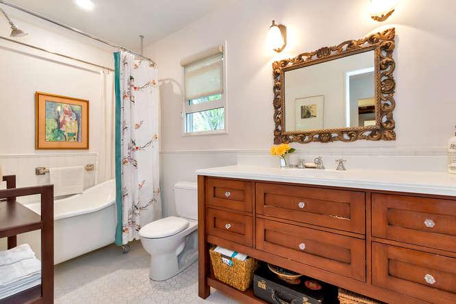 1036 Sunnybrook Dr Lafayette-small-020-Bathroom-666×444-72dpi