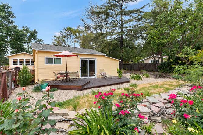 1036 Sunnybrook Dr Lafayette-small-022-Cottage-666×444-72dpi