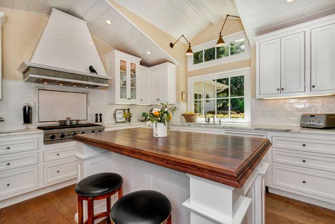 1186 Pleasant Hill Cir-small-012-Kitchen-666×445-72dpi